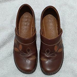 Josef Siebel brown leather slip on clog heels